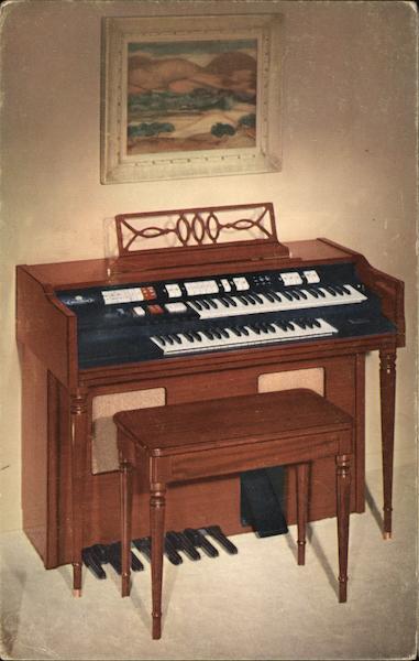 the new wurlitzer 4100 organ advertising postcard