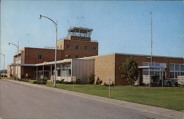 Front View of Dress Memorial Airport Evansville Indiana