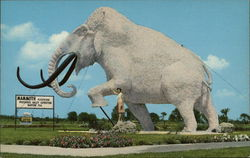 Giant Modeled Mammoth