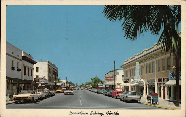 Ridgewood Avenue From the Circle, Downtown Sebring Florida