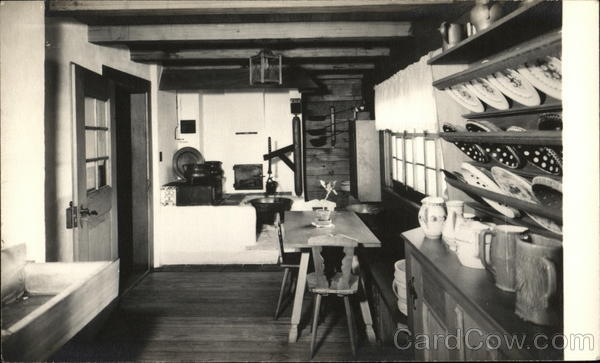 Kuesche (Kitchen) in Waelderhaus, The Girl Scout House Kohler Wisconsin
