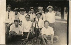 Portrait of Boy's Baseball Team