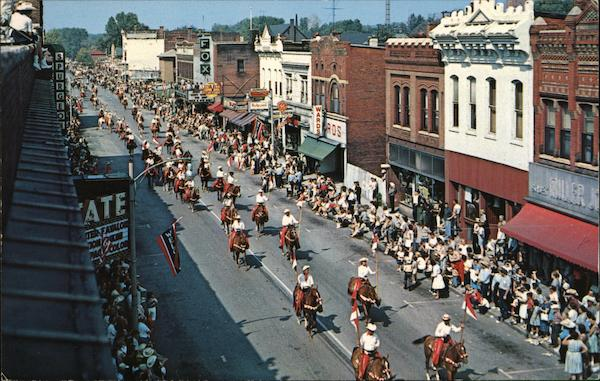 Tri State Championship Rodeo Parade Fort Madison Ia Postcard