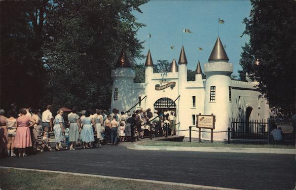 Entrance Castle to Storybook Gardens London Canada