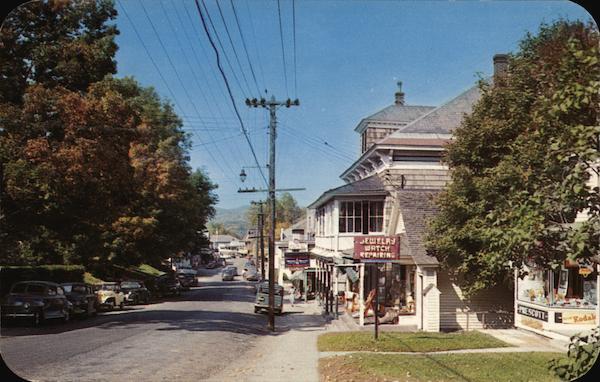 Main Street, Looking West