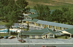 New Englander Motor Inn Postcard