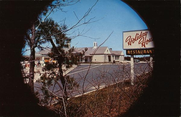 Garden State Parkway N J Holiday House Restaurant New Jersey Postcard