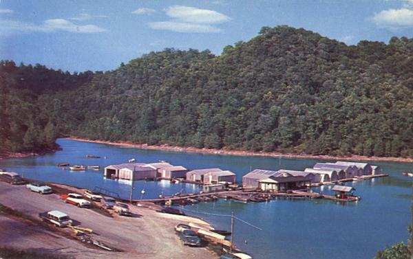 Hurricane dock at center hill lake cookeville tn for Center hill lake fishing report
