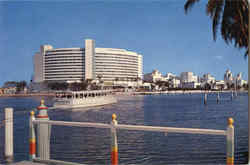 Fontainebleau Resort Hotel