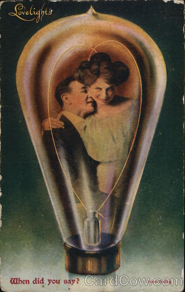 Lovelights - Valentine's Day - A picture of a hugging Edwardian couple inside a lightbulb