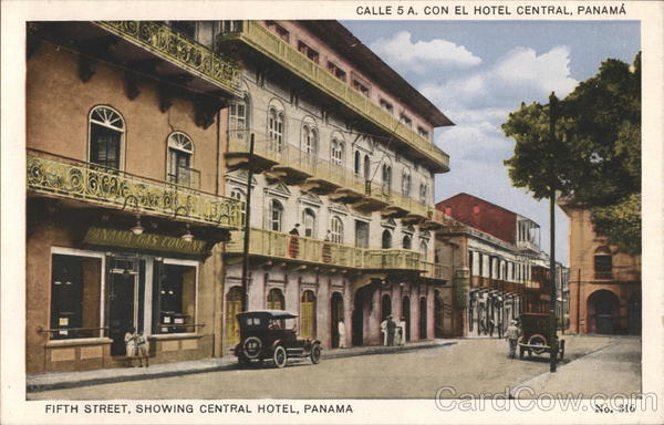 Pine Street showing Central Hotel Panama City