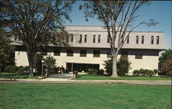 University of Rhode Island, College of Business Administration - Ballentine Hall
