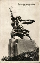 Statue at Exposition Internationale 1937