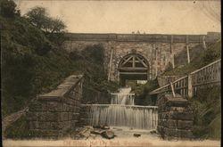 Old Bridge, Hall Lee Bank