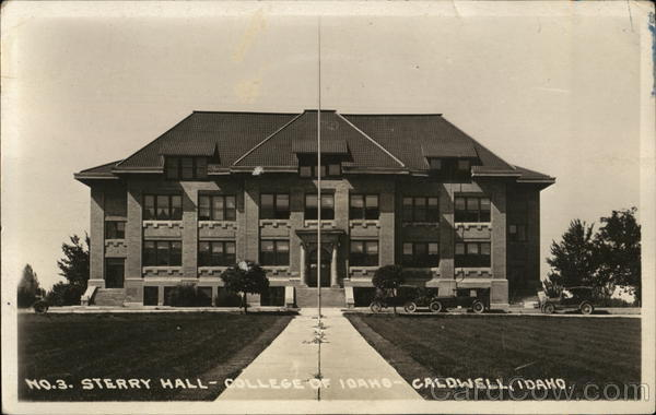 College of Idaho - Sterry Hall Caldwell