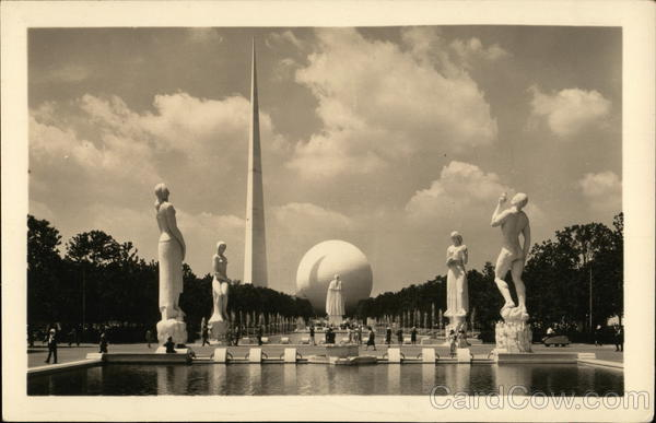 Constitution Mall showing the Four Freedoms 1939 NY World's Fair