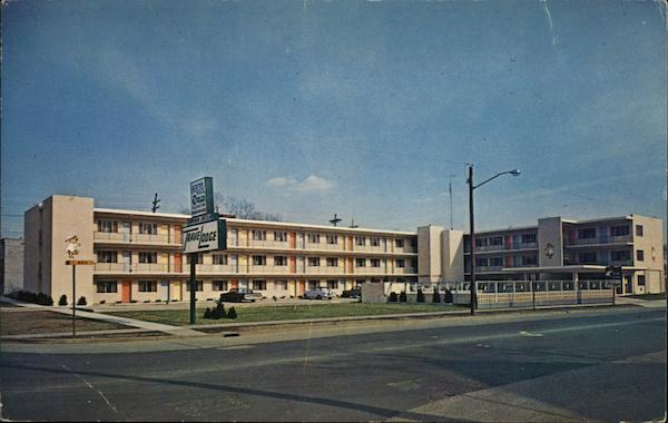 TraveLodge, One Block of Lincoln's Home Springfield Illinois