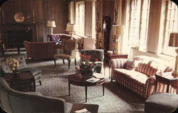 Lounge at the Women's City Club of Detroit