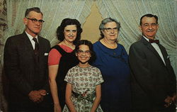 The Gieringer Family - Roadside America