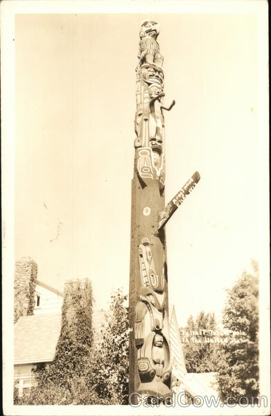 Kraftwood, Elcho, WI, Native American Totem - Kraft Family Home Circa 1940 Wisconsin