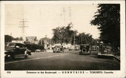 Entrance to the Boulevard - Sunnyside - Toronto, Canada