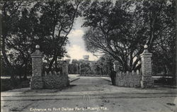 Entrance to Fort Dallas Park