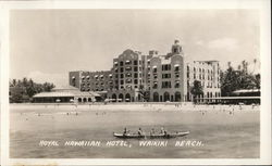 Royal Hawaiian Hotel, Waikiki Beach