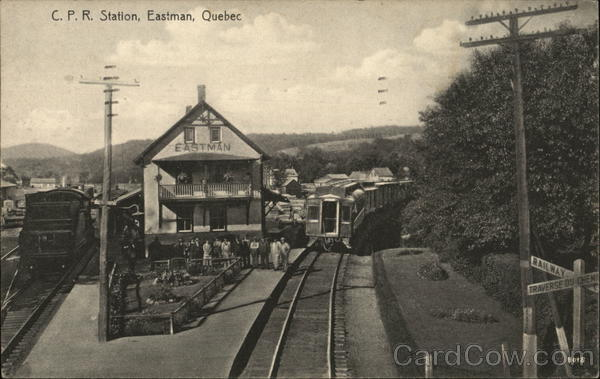 C.P.R. Station Eastman Canada Quebec Depots