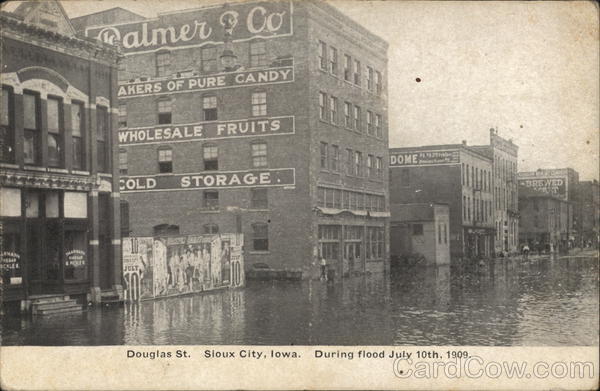 Douglas St., During Flood July 10, 1909 Sioux City Iowa