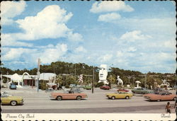 Panama City Beach - Cars on Miracle Strip