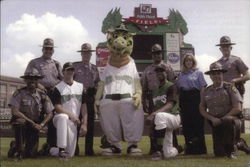 Dayton Dragons Baseball Players & Mascot
