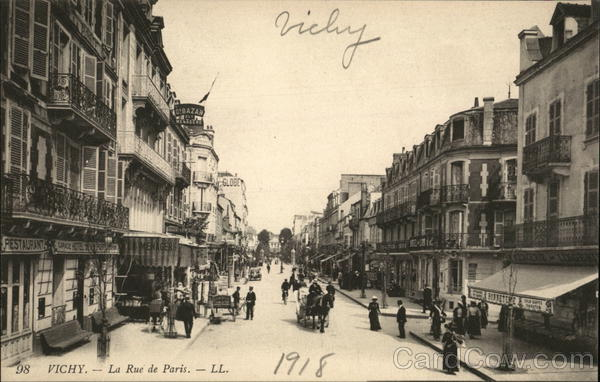 La Rue de Paris Vichy France