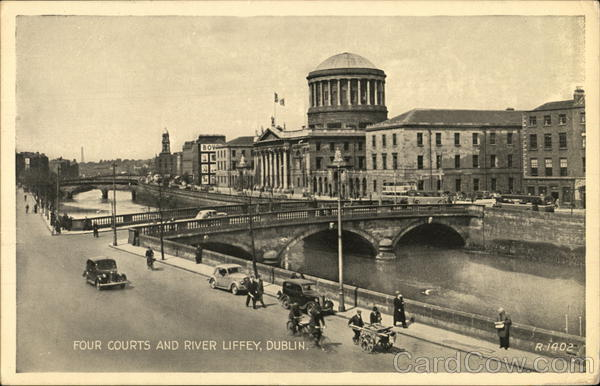 Four Courts and River Liffey, Dublin Ireland