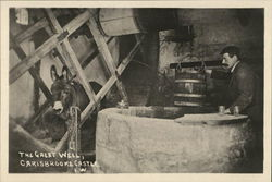 The Great Well, Carisbrooke Castle - Isle of Wight Postcard