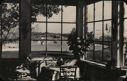 Washington Arms - Garden Room, View of Yacht Basin