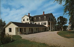 Skywood Manor Inn & Motel