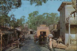 Knott's Berry Farm & Ghost Town - Main Street