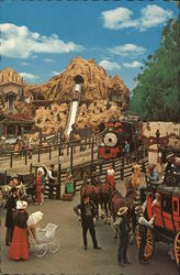 Knott's Berry Farm & Ghost Town - Calico Square