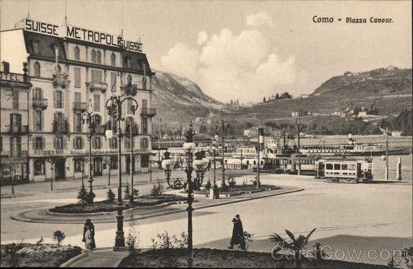 Piazza Cavour and Hotel Metropole Suisse Como Italy