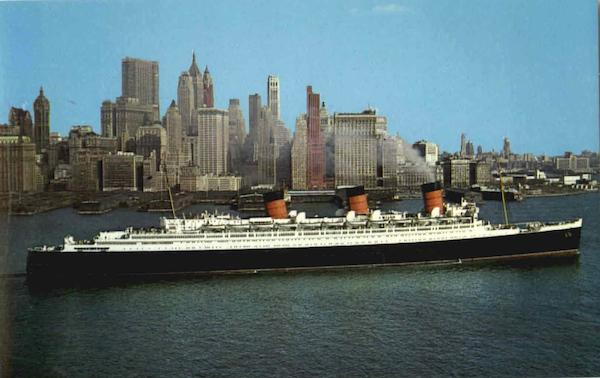 Queen Mary And New York City Boats, Ships