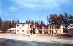 Mardi Gras Motel And Apartments, 11965 Gulf Blvd Postcard