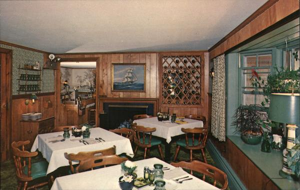 Carriage Trade Restaurant, Rte. 28 - Harwichport Cape Cod Massachusetts