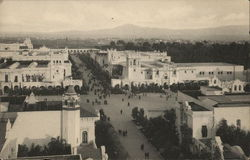 El Prado, Looking East