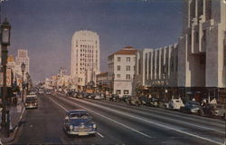 """Miracle Mile"" looking East of Wilshire Boulevard"