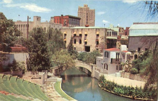 Arneson River Theater On The Banks Of The San Antonio River Texas