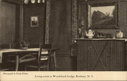 Living-Room at Woodchuck Lodge