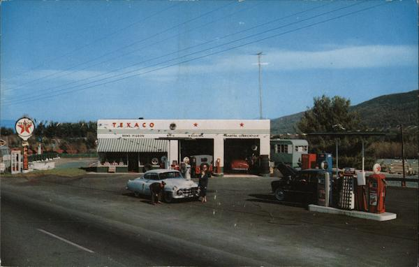 PIgeon's Texaco Service Station Lake George New York