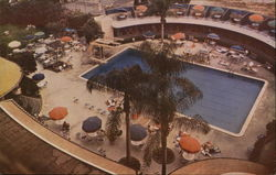 Beverly Wilshire Hotel - Swimming Pool Postcard