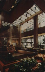 Hyatt Regency Chicago - Conservatory Lobby