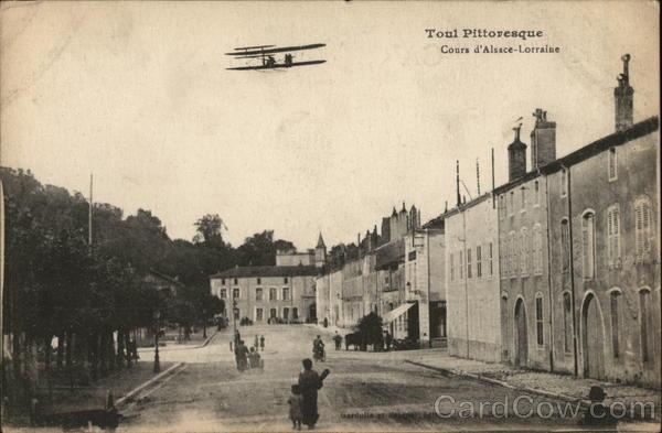 Toul Pittoresque. Cours d'Alsace-Lorraine, Biplane